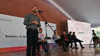 El Mtro. Adrián Escamilla, Director General del #ICATCDMX, y el Mtro. Néstor Núñez, Alcalde de la Cuauhtémoc entregan constancias de capacitación a beneficiarios del Sistema de Cuidados y Derechos Humanos 2019 #TRABAJOENEQUIPO Alcaldía Cuauhtémoc.